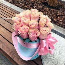 Розы Пинк Мондиаль в цилиндре (XS) 21-23 розы
