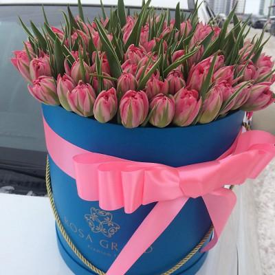 Тюльпаны голландские в шляпной коробке L до 149 шт.